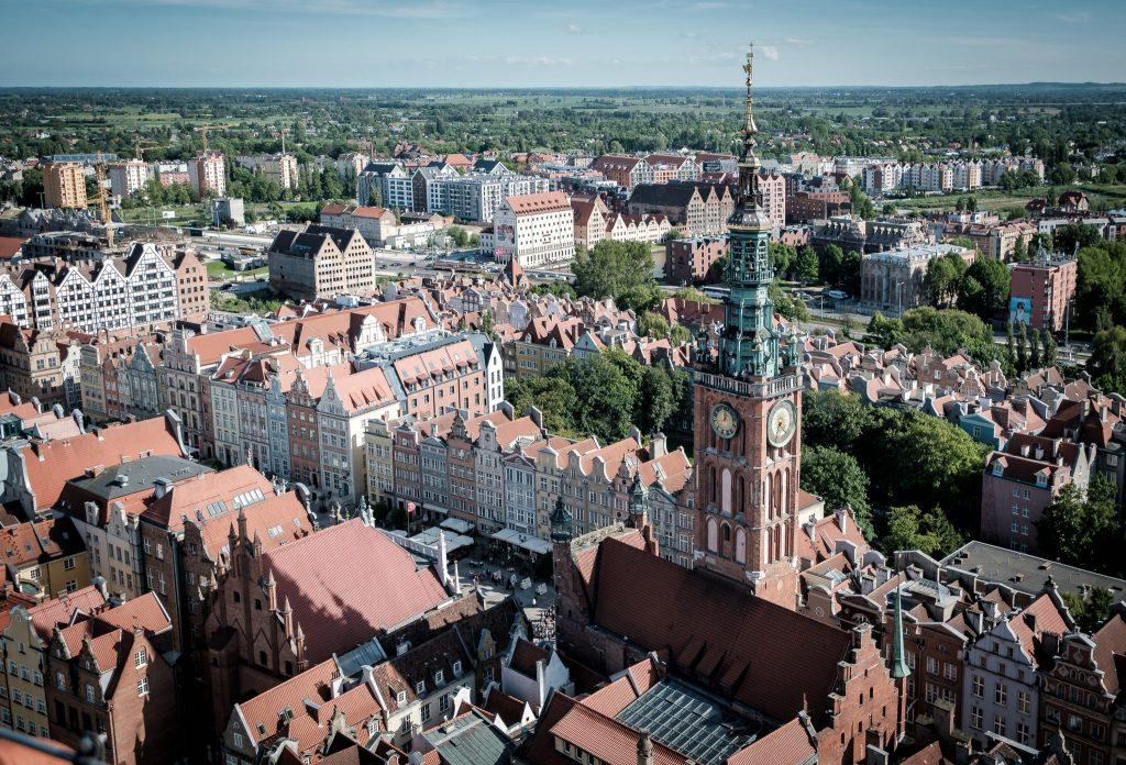 Das rechtstädtische Rathaus und die Lange Gasse (von der Marienkirche aus gesehen).