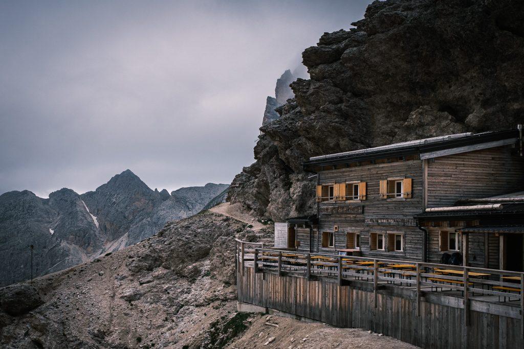 Die Grasleitenpasshütte.